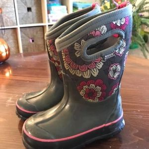 Bogs Toddler girls Size 8 Insulated Boots